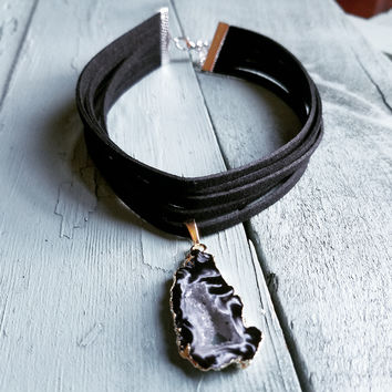 Black Choker Necklace with Natural Geode Pendant 235G