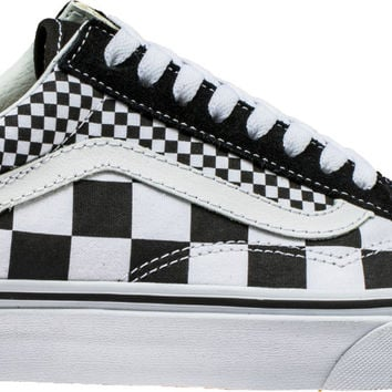 OLD SKOOL MIX CHECKERBOARD MENS SKATEBOARDING SHOE (BLACK/WHITE)
