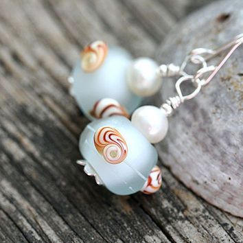 Seashell Earrings, Water blue Earrings, Lampwork earrings, Beach Jewelry, Blue glass earrings, Seashell Jewelry, Shell Earrings, Seaglass