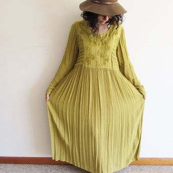 Vintage 90s Pea Green Embroidered Hippie Folk Rayon Crinkle Dress