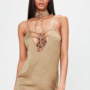 Missguided - Petite Exclusive Brown Hammered Satin Choker Neck Lace Up Dress