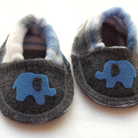 Baby Booties Blue Elephant Baby Boy Crib Shoes by MoJosCozyToes