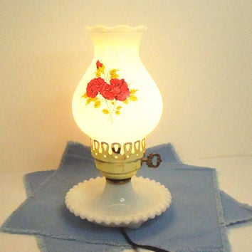 Vintage milk glass white glass lamp with red roses - Night stand lamp - Vanity lamp - Cottage chic lighting decor