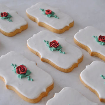 Wedding decorated cookie, red rose decorated cookie