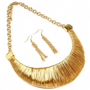 Hazel's Chunky Gold Wire Wrapped Bib Necklace Set-Final Sale