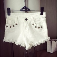 White Denim Short with Rips 050863 D0624
