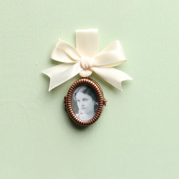 bouquet charm - photo frame locket, wedding, bridal accessory, copper color