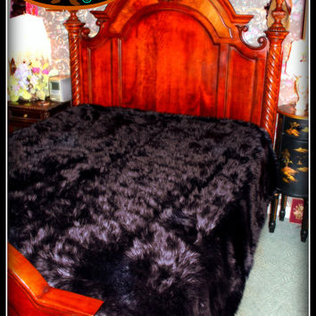 "King Queen Faux Fur Black Bear Skin Comforter Bed Spread Black Sheep Thick Plush Soft Shaggy Fur 108""x90"" Throw Blanket New"