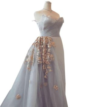 Sweetheart Strapless Tulle Arabic Evening dress Pleated Hand-made Flowers Long Party Dresses