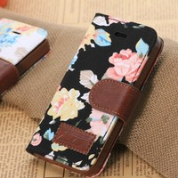 iphone 5 5S , iphone 5C Luxury Vintage Shabby Chic Cute Flowers Floral Designer Purse Pouch Wallet Case -Tpu leather Floral Black