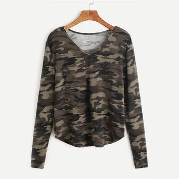 ROMWE V Neck Camo Print T-Shirt Casual Tee Women Green Chest Pockets Long Sleeve Tops 2017 Autumn Regular Basic Stretchy T-Shirt