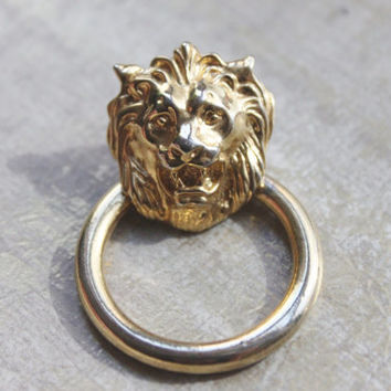 POP Vintage -Lion's LOT of Three Single Earrings-Up Cycle for Projects or Collect-Pauline Rader