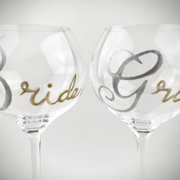 Bride and groom hand painted wine glasses, wedding wine glasses, toasting wine glasses, wedding wine glass set
