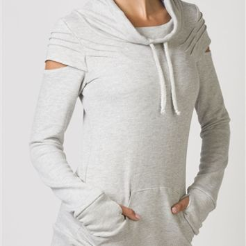 TONIC Jada Cut Out Sweat Shirt | Yoga Clothing from Halfmoon Yoga Products | shophalfmoon.com
