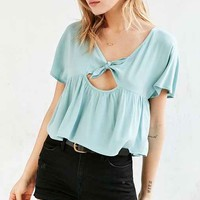 Kimchi Blue Knot-Front Babydoll Tee
