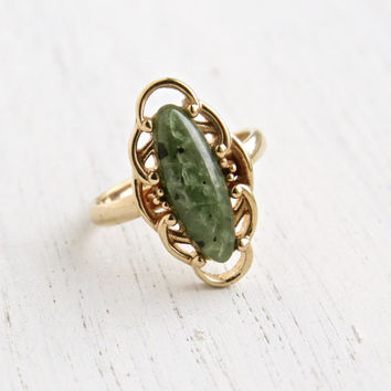 Vintage Faux Jade Ring - Retro Sarah Coventry 1970s Gold Tone Oriental Melody Costume Jewelry / Green & Black Speckled Stone