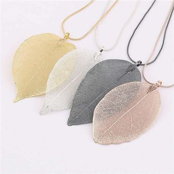Real Leaf Design Pendant Necklace