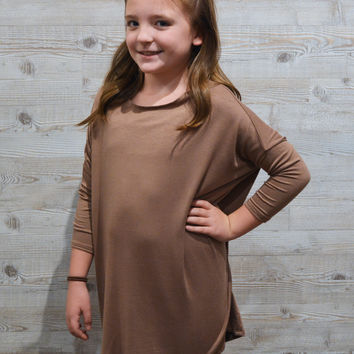 lil belle 3/4 pika top-taupe