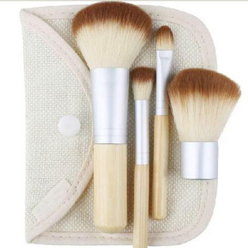 1set/4pcs  Earth-Friendly Bamboo Elaborate Beautiful Makeup Brush Sets to fashion make up tool