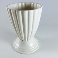 Vintage Royal Haeger Fluted Vase Retro White Ivory Ceramic Pottery Home Decor Embossed Stripe With Pedestal