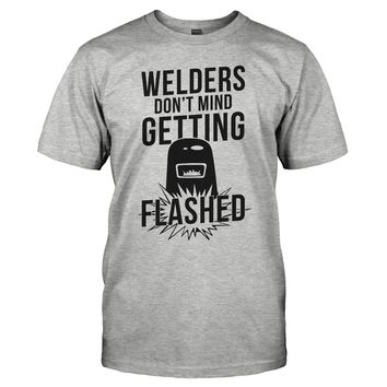Welders Don't Mind Getting Flashed