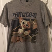 Gizmo Gremlins Gift of the Mogwai Tee Shirt