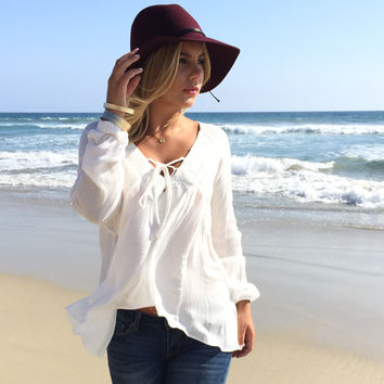 Dust In The Wind Blouse In Ivory