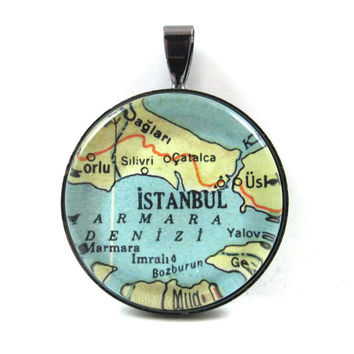 Vintage Map Pendant of Istanbul, Turkey, in Glass Tile Circle