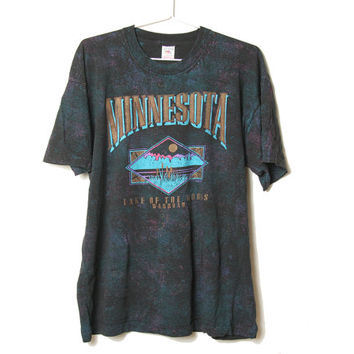 Vintage 90s Minnesota Lake of the Woods Warroad Tee - XL - Grunge Clothing - Nature -