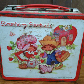 Vintage Metal Strawberry Shortcake Lunch Box 1980 American Greetings Aladdin Industries