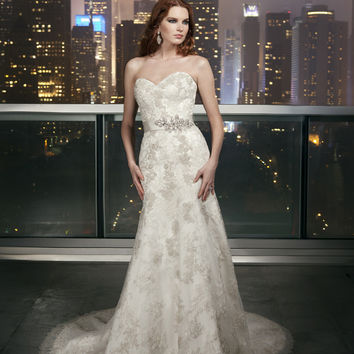 Justin Alexander Signature 9701 Wedding Dress
