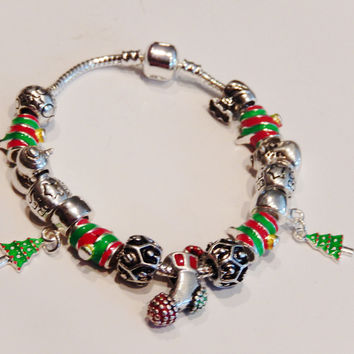 Silver Plated Christmas Charm Bracelets With Murano Glass Beads