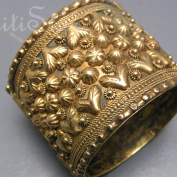 Vintage Art Deco Bangle , Egyptian Revival  , Wide Bracelet ,Gold Gilt Silver Jewelry 119grms