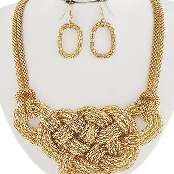 Goldie Knots Necklace