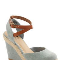 Spring Ahead Wedge