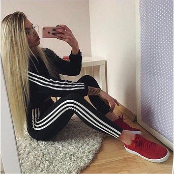 2018 Women's Solid Color Casual Sports Set