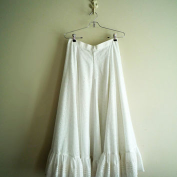 Vintage 70s Maxi Midi Skirt White Eyelet, Vintage Wedding Eyelet Skirt