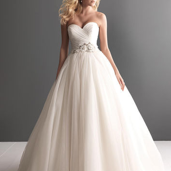 A-line tulle ball gown, sweetheart wedding dresses 2015, bridal gown w/ asymmetrical ruching, beading & flowers