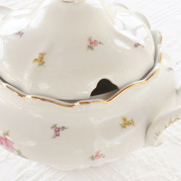 Johann Haviland Rosebud Covered Soup Tureen with Handles, Waldorf, Germany, Tea Party, Wedding, Cottage Style, Mothers Day, Housewarming