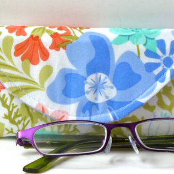 Eyeglass Case with Magnetic Closure Summer Floral