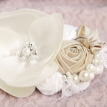Romantic ivory bridal hair accessory, wedding hair accessory, bridal hair flower, wedding hair clip, bridesmaid hair clip in white and peach