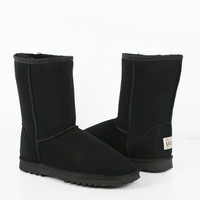 Ugg Boot Classic Mid Mens