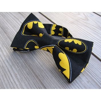 Batman Bow Tie, Boys Bow ties, Superhero Bowtie, Bowties, Boys Accessories