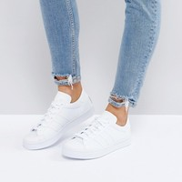 adidas Originals - Court Vantage - Baskets - Blanc at asos.com