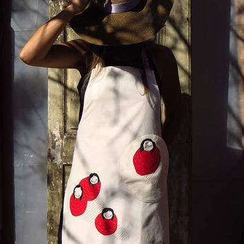 Natural colored Linen-Cotton Apron Bollekes with round pocket,embroidery and appliqué