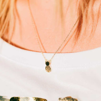 STAY GOLD - PINEAPPLE NECKLACE