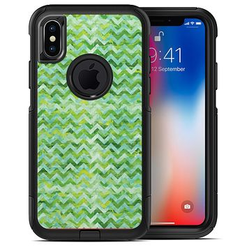 Green Basic Watercolor Chevron Pattern - iPhone X OtterBox Case & Skin Kits