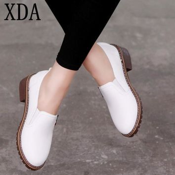 XDA 2018 new style Women Flat Shoes Round Toe Oxford Shoes Woman PU Women bullock Shoes Free Shipping