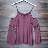 cold shoulder boho shirt in burgundy vintage acid wash