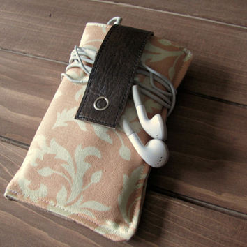 Fabric iPhone or iPod Touch Sleeve Cover Case with Leather Closure, in Vintage Peaches